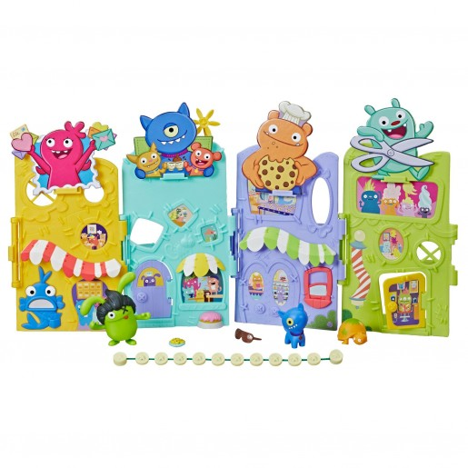 UglyDolls Uglyville Unfolded Main Street Playset and Portable Tote, 3